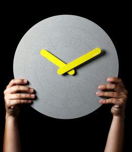 Pensamientos-Clock alejo delgado